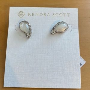 Kendra Scott Earrings BNWT